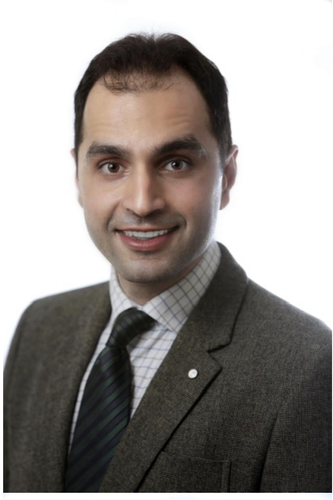 Dr Dennis Aydan The Link Dental Surgery